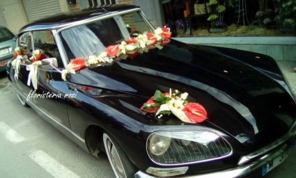 coche-antiguo-de-boda