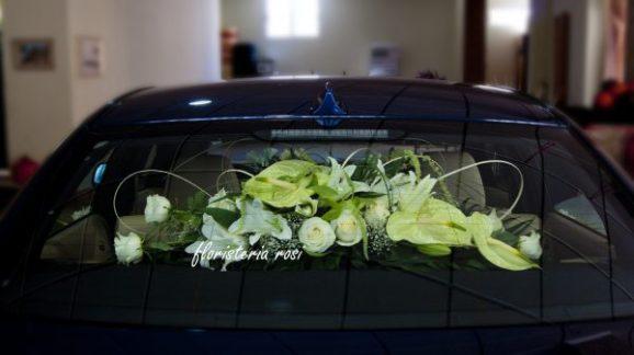 Centro parte detras coche de novia